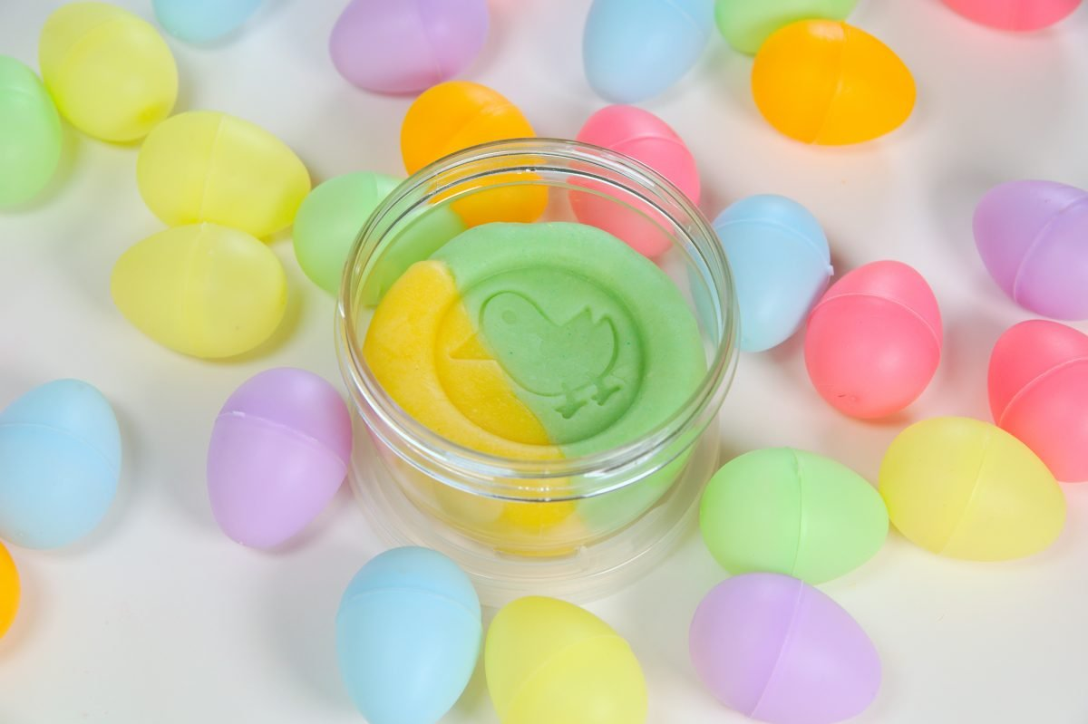 A jar of Artboom's natural handcrafted Play dough