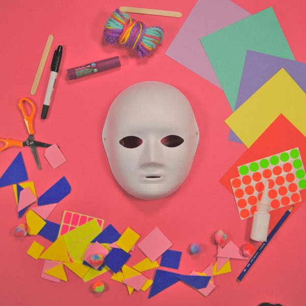 Make a Mask – Art Kit
